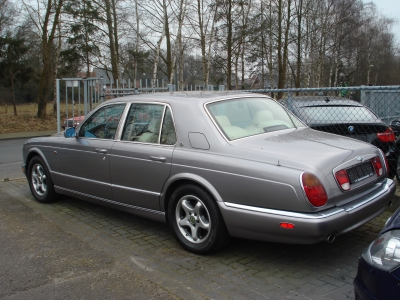 BENTLEY ARNAGE V8